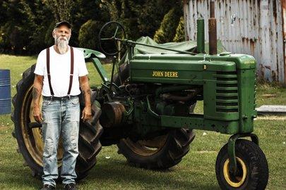 seasick-steve-traktor