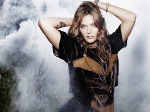 To Lo spelar i Stockholm den femtonde april 2015